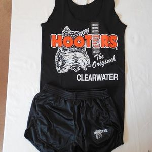 NEW HOOTERS GIRL UNIFORM BLACK TANK/SHORTS MEDIUM